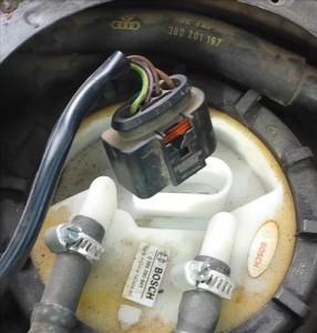 Testing if a Fuel Pump is Bad Volkswagen Passat (1998 ...