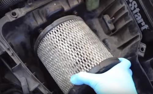 Change Air Filter >> How To Change An Air Filter For A 2000 2005 Dodge Neon