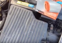 How To Change a Air Filter for a 2005 Dodge Neon (2000-2005)