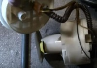 how to Replacing a Fuel Pump on a 2000 Volkswagen Passat