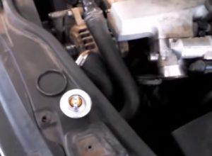 Installing a Thermostat on a 2000-2004 VW Passat