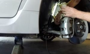 3-ways-to-bleed-brake-lines-by-yourself
