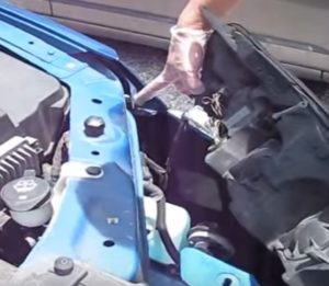 How To Replace the Headlight Bulb on 2005 2010 Pontiac G6 Pic 777