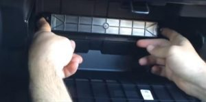 How to Replace Cabin Air Filter 2013 Honda Accord Step 4