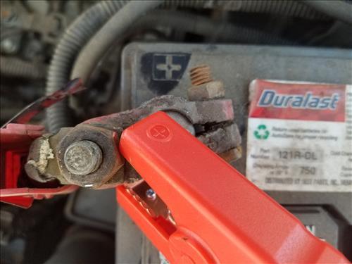 Review Audew Portable Emergency Vehicle Battery Jump Starter Power Bank Post