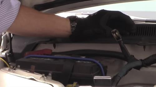 3 Ways To Clear and Reset a Check Engine Light Battery Cables
