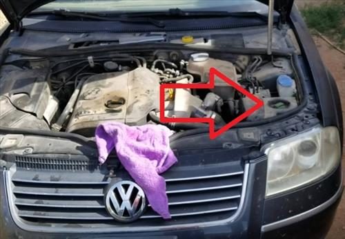 How To Check and Add Power Steering Fluid Passat 1998 – 2005 Location