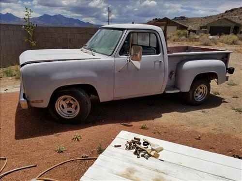 How To Replace a Fuel Tank Sending Unit on a 1978 Dodge Truck