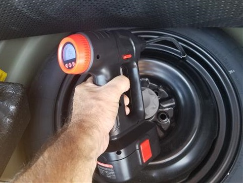 Review Audew Rechargeable Cordless Portable Air Pump Tire Inflator