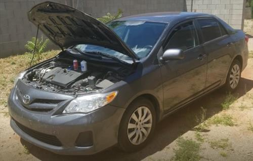 How To Add Refrigerant 2009-2013 Toyota Corolla Recharge the