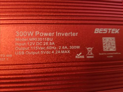 Review BESTEK 300W Power Inverter DC 12V to 110V AC Specs