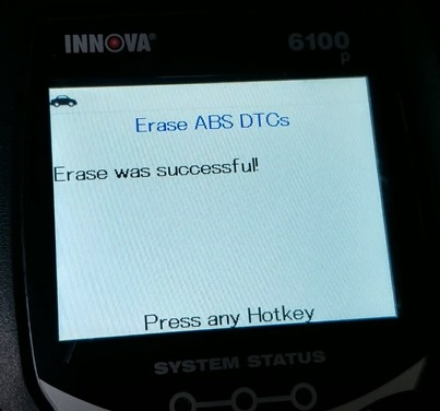 Review INNOVA 6100P SRS ABS Engine OBD2 Scan Tool Test 10