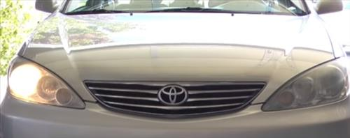 How to Replace Headlight Bulb 2001–2006 Toyota Camry