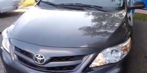 How to Replace Headlight Bulb 2009-2014 Toyota Corolla
