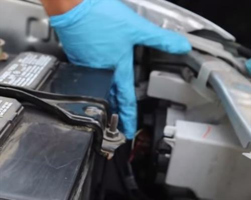 How to Replace Headlight Bulb on a 2012-2015 Toyota Tacoma Overview