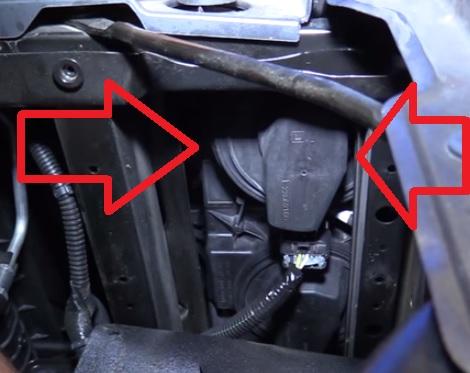 How to Replace Headlight Bulbs 2014-2019 Chevy Silverado Step 8