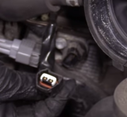 How To Replace Camshaft Position Sensor 2002-2009 Toyota Camry Step 2