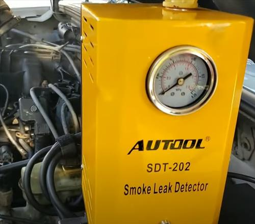 Best Evap Smoke Machines To Find Vacuum Leaks Autool SDT-202